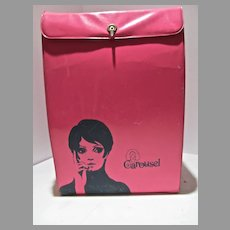 Mod Hot Pink Vinyl Wig Carry Case by Carousel, Twiggy Graphics