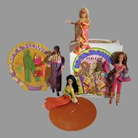 Mattel Vintage Rock Flowers Dolls, Case & Accessories, 1970