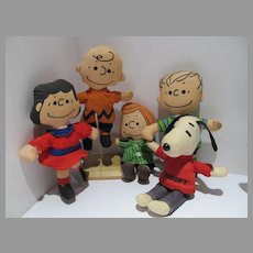 Set of 5 Cloth Charlie Brown/Peanuts Character Dolls, 1960's