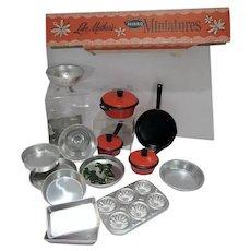 VIntage 1960's Mirro Miniatures Kitchen Baking Set