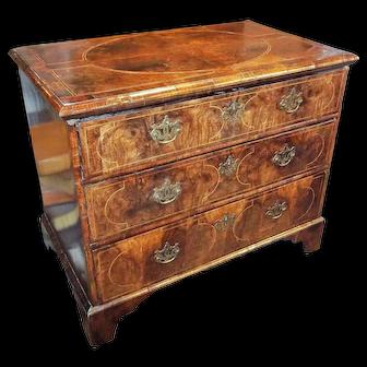 English George II Inlaid Walnut Burl Chest of Drawers
