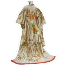Floral Hand Embroidered Japanese Kimono. 1970's.
