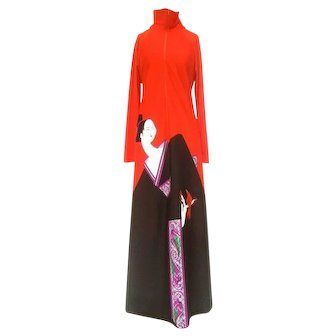 Japanese Inspired Graphic Print  Lounge Gown. 1970's. Saks Fifth Avenue.
