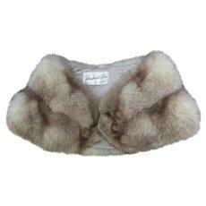 Luxurious Fluffy Fox Fur Stole. Early 1960's.