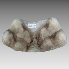 Luxurious Fluffy Fox Fur Stole. Early 1960's.