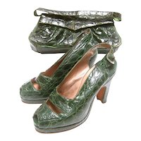 Saks Fifth Avenue 1940's Green Alligator Handbag & Peep Toe Pumps Ensemble. Rare.