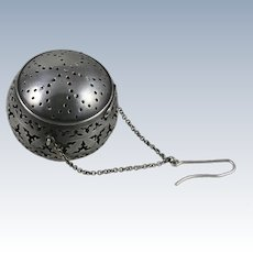 Tea Ball 800 Silver Strainer w/ Elaborate Openwork