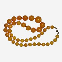 Luscious Apple Juice Bakelite Graduated Bead Necklace 22""