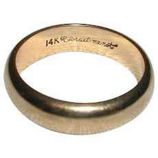 Classic 14 Kt Yellow Gold Wedding Band