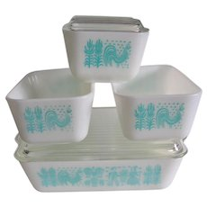 PYREX Amish Butterprint Refrigerator Dishes with Lids