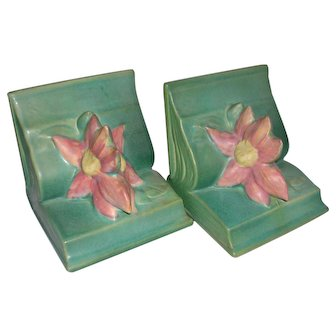 Roseville Pottery Clematis Bookends 1944