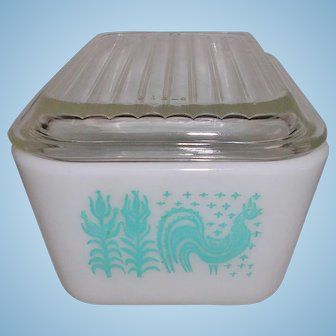 PYREX Butterprint Refrigerator Dish with Lid