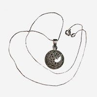 Attractive Sterling Silver Marcasite Wave Curl Necklace