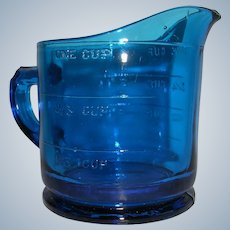 Intense Ultramarine Measuring Cup