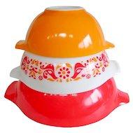 PYREX Friendship Cinderella Nesting Bowls 3 of 4