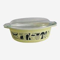Pyrex Mod Kitchen Covered Casserole 1950's