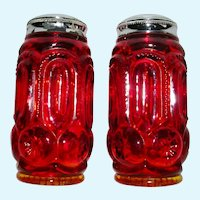 L E Smith Amberina Salt & Pepper Shakers