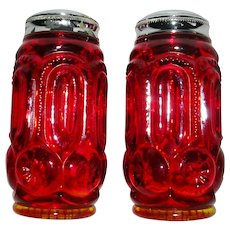 L E Smith Amberina Salt & Pepper Shakers