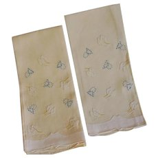 Fine Linen Pair of Hand Embroidered Hand Towels