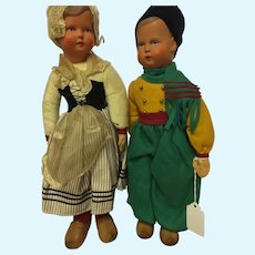 Celluloid Pair of Dutch Children