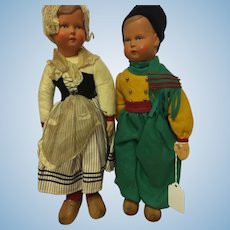 Celluloid Pair of Dutch Children