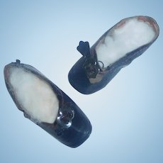 Rare Pair of 00 Leather French Fashion Doll Shoes, MG