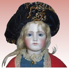 Wonderful Antique Fashion Doll Black / Gold Velvet Beret / Hat