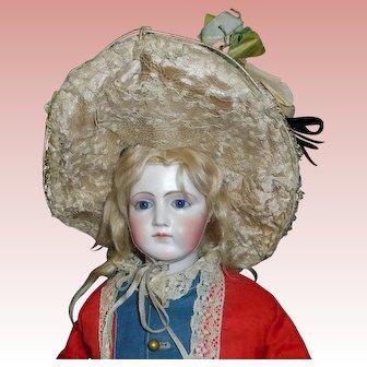 Nice Antique Fashion / Lady Doll Hat