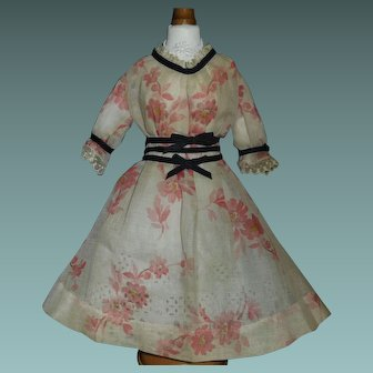 Lovely Early Floral Organdy Doll Dress w Petticoat