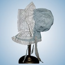 Fabulous Antique Blue / White Check Doll Prairie Bonnet