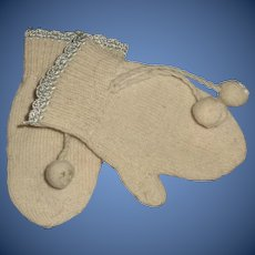 Sweet Pair of Early Doll Mittens