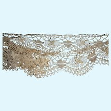 """45"""" of Crocheted Trim for Antique Doll Clothes or Accessories."""