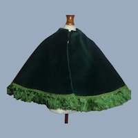 Lovely Green Velvet Fashion Doll Cape w Fringe