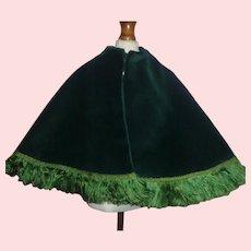 Lovely Green Velvet Fashion Doll Cape w Fringe