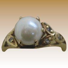 14k Pearl Diamond ladies woman's ring