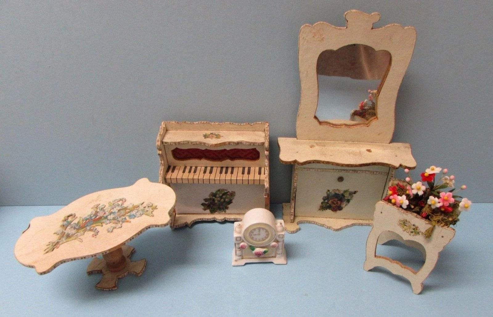 Click to expand Antique French Miniature