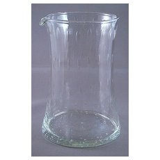 Artistic Controlled Bubbles Glass Cocktail Beaker Pitcher