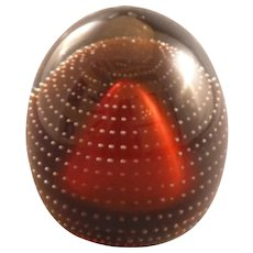 Egg-shaped paperweight with bubble design