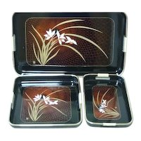Vintage three piece nested laquerware tray set