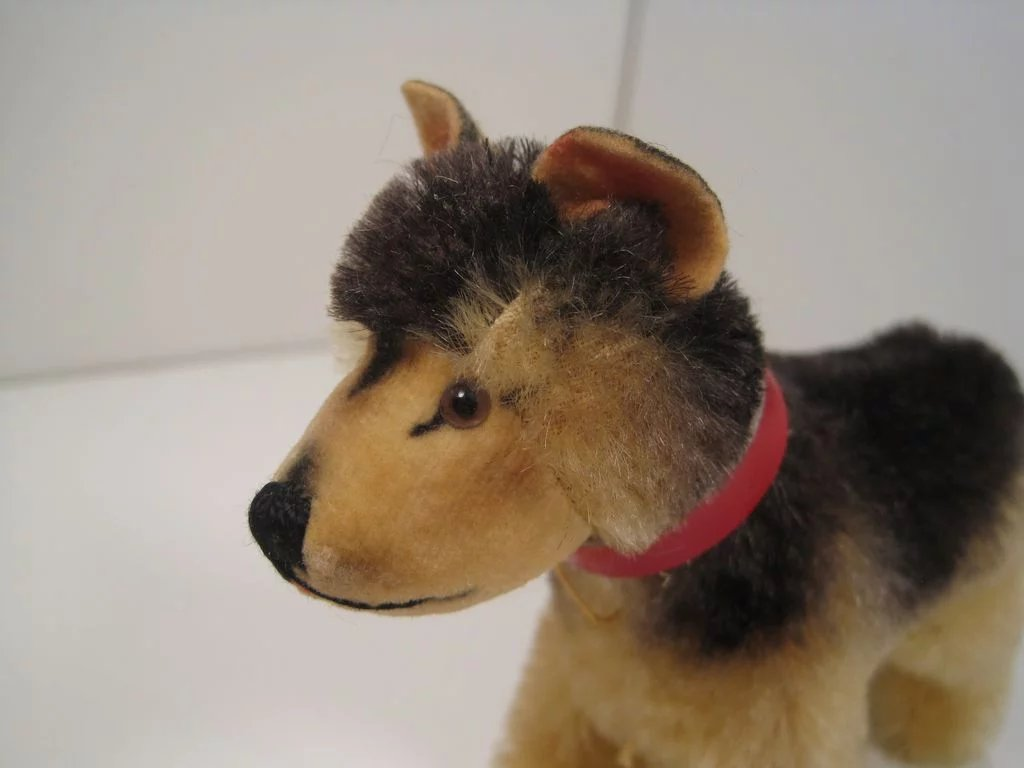 Steiff's Early And Smallest Arco German Shepherd Dog With ...