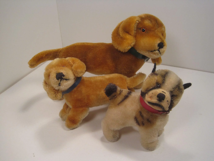 Collection of 29 Vintage Steiff Collectibles With All Proceeds To Benefit  SEARCH