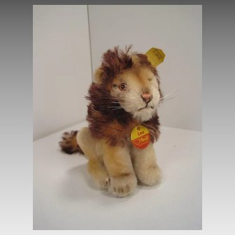 Steiff's Smallest Sitting Leo Lion With All IDs