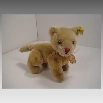 Steiff's Fully Jointed Lion Cub With All IDs