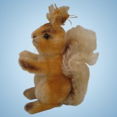 Steiff's Medium Possy Squirrel With ID