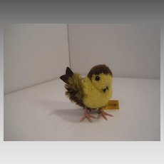 Steiff's Adorable Yellow, Brown, and Green Woolen Miniature Bird With All IDs