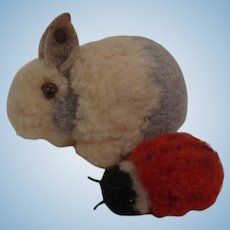 Pair of Tiny Steiff Woolen Miniatures With ID