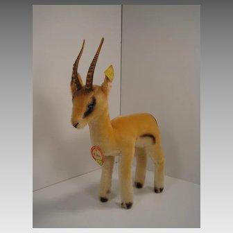 Steiff's Smaller Yuku Pronghorn Antelope With All IDs