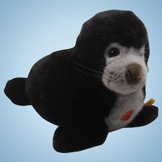 Steiff Soft Plush Monastic Seal Promotional Item With All IDs