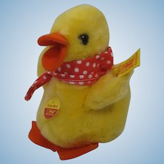 Steiff Soft Plush Cosy Movi Duck With All IDs