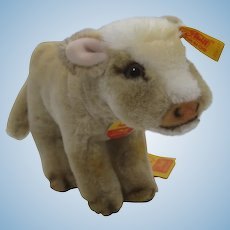Steiff Soft Plush Resi Cow With All IDs